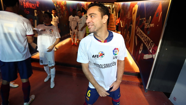 Xavi was relaxed while getting geared up for the derby at Camp Nou / PHOTO: MIGUEL RUIZ - FCB