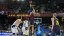 Mario Hezonja driving to the hoop. PHOTO: G. PARGA - FCB