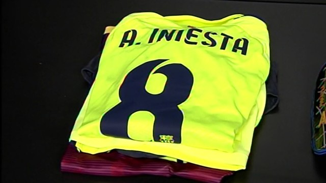 Iniesta's uniform is ready for him to put on for Sunday's match at the new San Mamés. / FCB