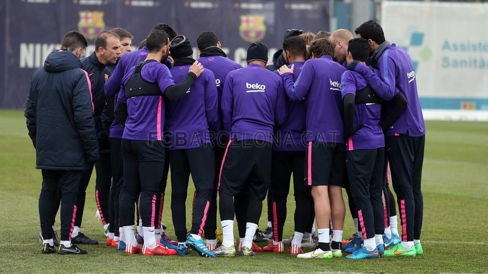 صور : برشلونة يستعد لمواجهة ليفانتي في غياب انيستا Pic_2015-02-14_ENTRENO_44-Optimized.v1423914867