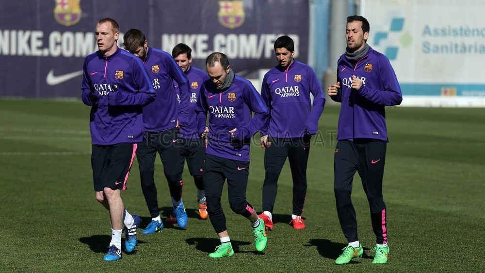 تدريبات برشلونة تشهد غياب ألبا 2015-02-22_ENTRENO_09-Optimized.v1424606291