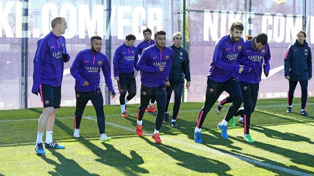 تدريبات برشلونة تشهد غياب ألبا 2015-02-22_ENTRENO_07-Optimized.v1424606284