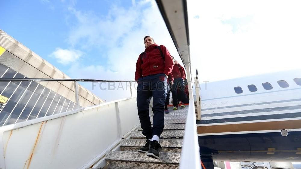 بالصور : رحلة برشلونة الى مانشستر  MRG21602-Optimized.v1424703457
