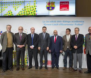 D'esquerra a dreta, Josep Maria Carreras, Carles Vilarrubí, Ignacio Palacios-Huerta, Josep M. Bartomeu, Walter Oppenheimer, Enrich Lluch, Silvio Elías i Jaume Garcia