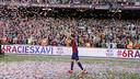 Xavi on his lap of honour at Camp Nou / MIGUEL RUIZ - FCB