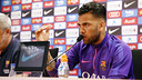 Dani Alves will not be commenting on his future until the two finals are over / MIGUEL RUIZ - FCB