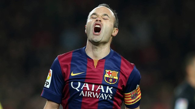 Iniesta celebrates a goal against Villarreal. / MIGUEL RUIZ-FCB