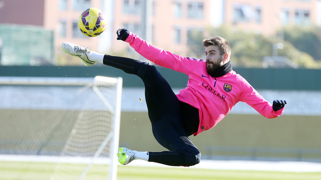 Piqué during a training session / MIGUEL RUIZ-FCB