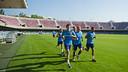 The handball team exercised in the Miniestadi on their first day back / VÍCTOR SALGADO-FCB