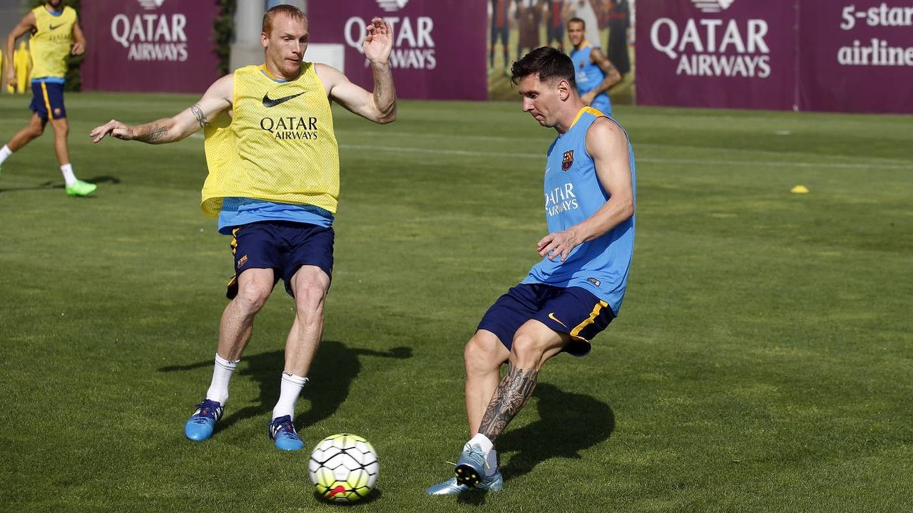 Messi and Mathieu during the training session / MIGUEL RUIZ-FCB