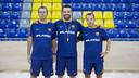 Castro, Muñoz y Peralta, durante el entrenamiento de este lunes. FOTO: G. PARGA - FCB