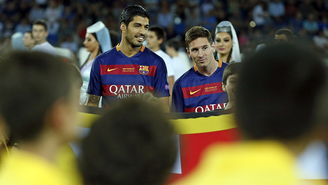 Messi and Suárez during the pre-match build-up / MIGUEL RUIZ - FCB