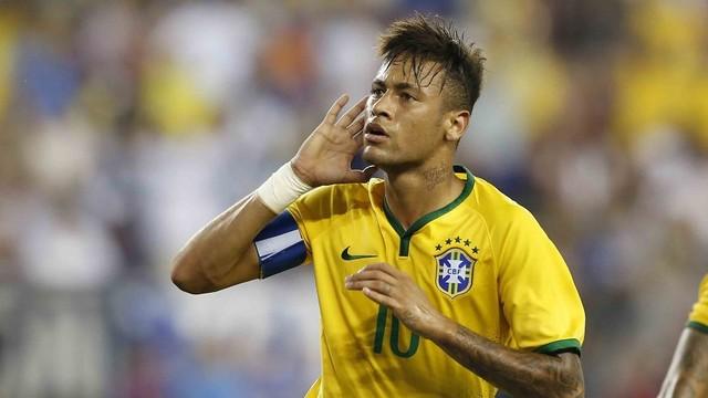 Neymar aparece de camiseta amarela da seleção brasileira e volta a ser convocado por Dunga