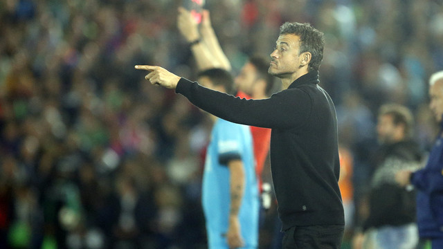 Luis Enrique sat many of FC Barcelona's biggest names on Wednesday night at the Estadio Romero Cuerda in Villanueva de la Serena, Extremadura. / MIGUEL RUIZ-FCB