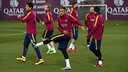 Neymar and his teammates face yet another mid-winter week with two matches. / MIGUEL RUIZ - FCB