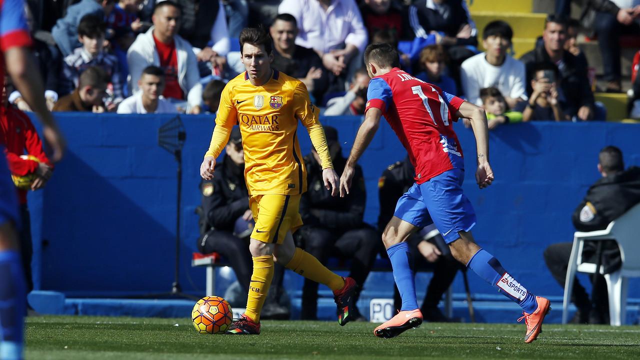 Leo Messi lors du match face à Levante / MIGUEL RUIZ - FCB