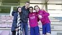Doellman i la seva dona, amb Rakitic i Alves / MIGUEL RUIZ - FCB
