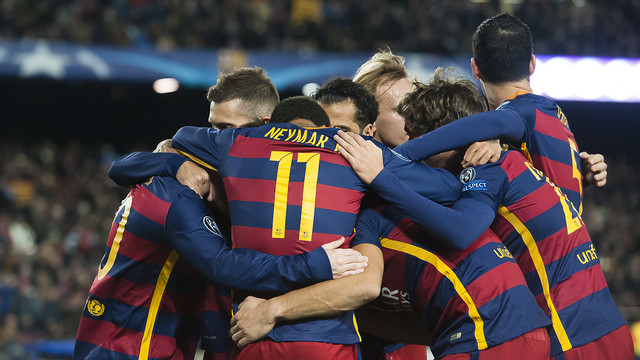The Barça players celebrate one of six goals scored against Roma earlier this season / VICTOR SALGADO - FCB