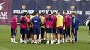 Luis Enrique donne des consignes pendant l'entrainement / Miguel Ruiz FCB