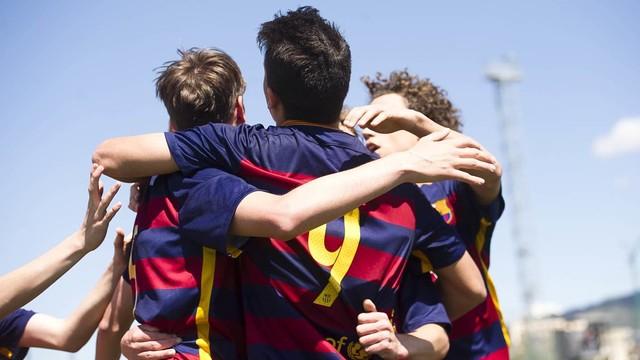 El Cadete A empató 3-3 ante el Espanyol / VICTOR SALGADO-FCB