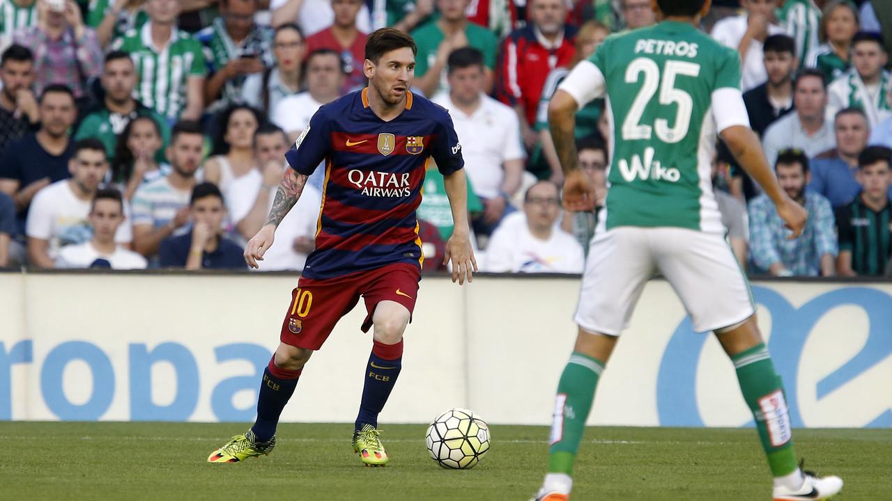 Leo Messi durant el partit contra el Betis / MIGUEL RUIZ - FCB