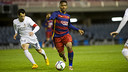 Kaptoum seeks to take on his marker / VICTOR SALGADO - FCB
