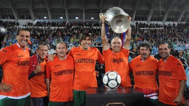 Jose Mari Bakero, Julio Salinas, Sergi Barjuán, Miquel Àngel Nadal, Txiki Begiristain and Hristo Stòitxkov / SPORTAL.BG