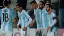Messi and co celebrate Higuaín's goal / AFA